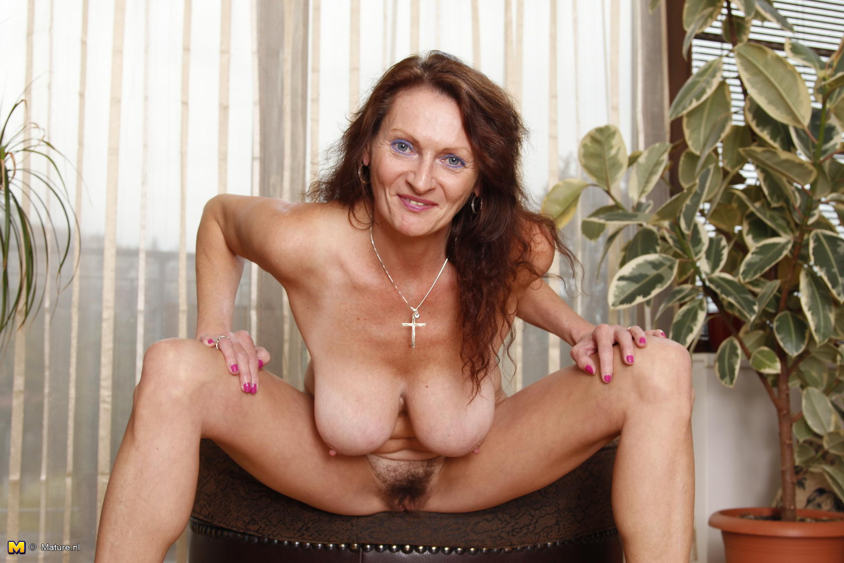 Have lady mature nl xxx blondes