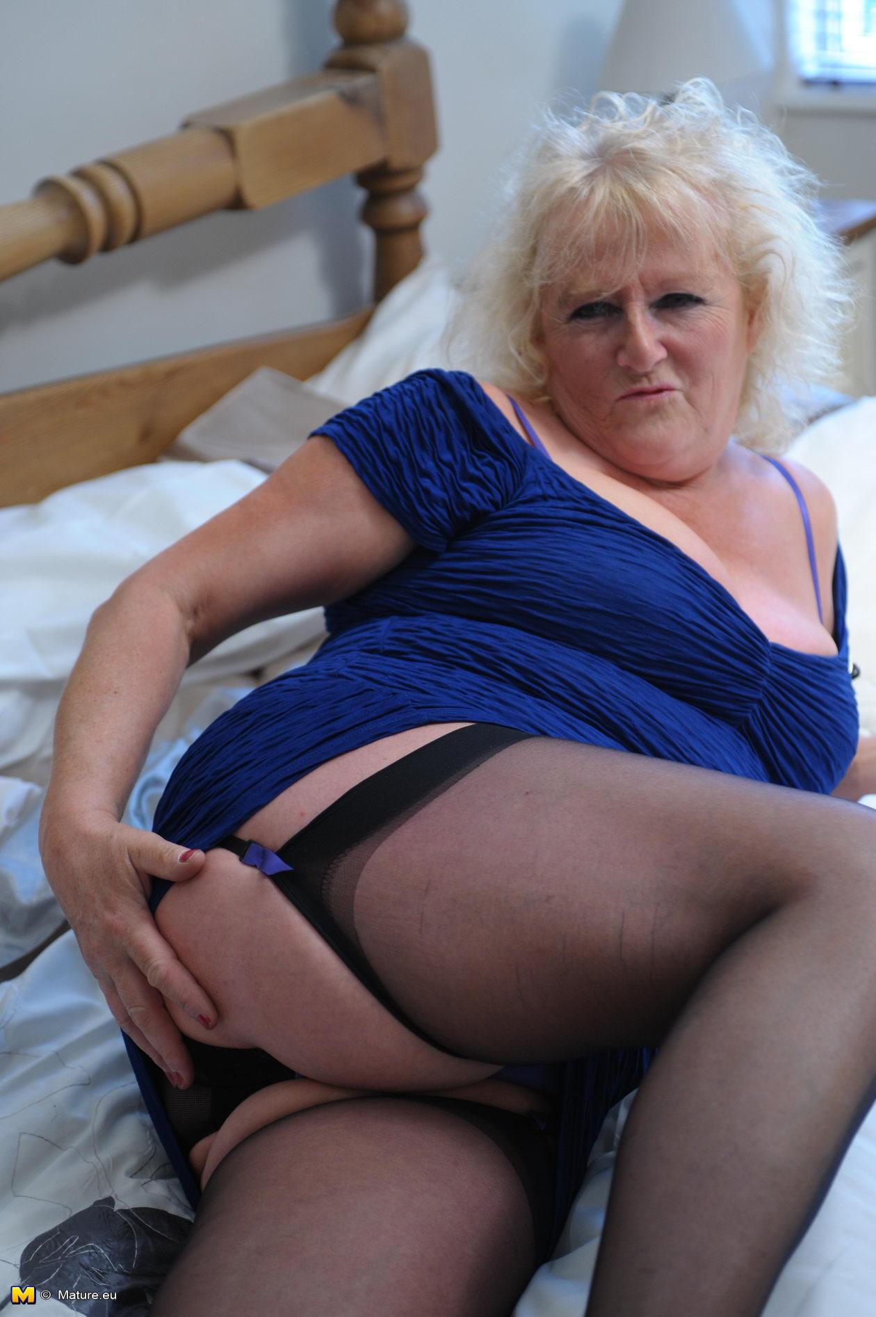 Chubby Blonde Mature Anal