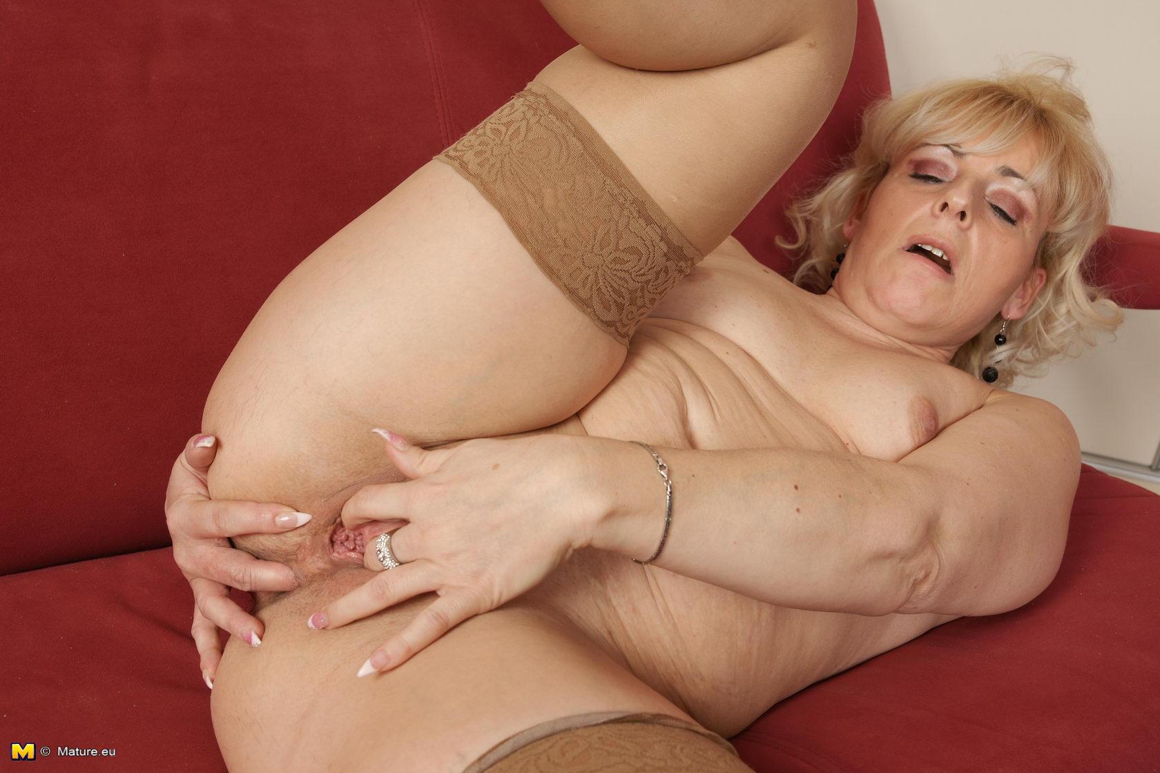 Фото порно пышных зрелых мам 11 фотография