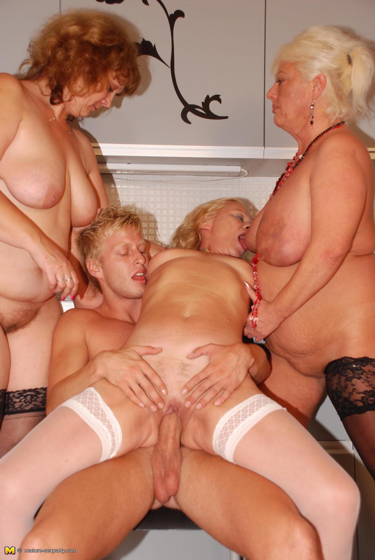 Секс мутер смотреть онлайн порно туб 6 фотография