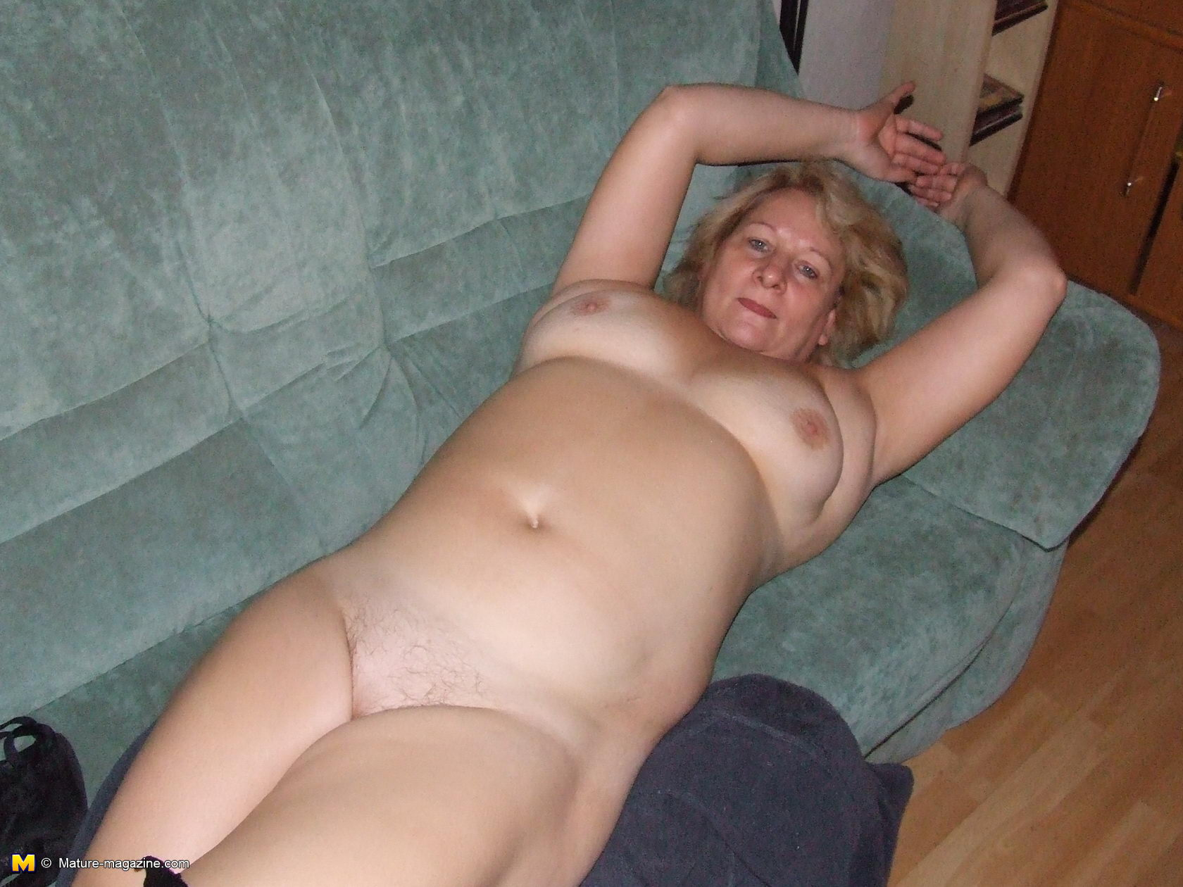 big slut mom naked