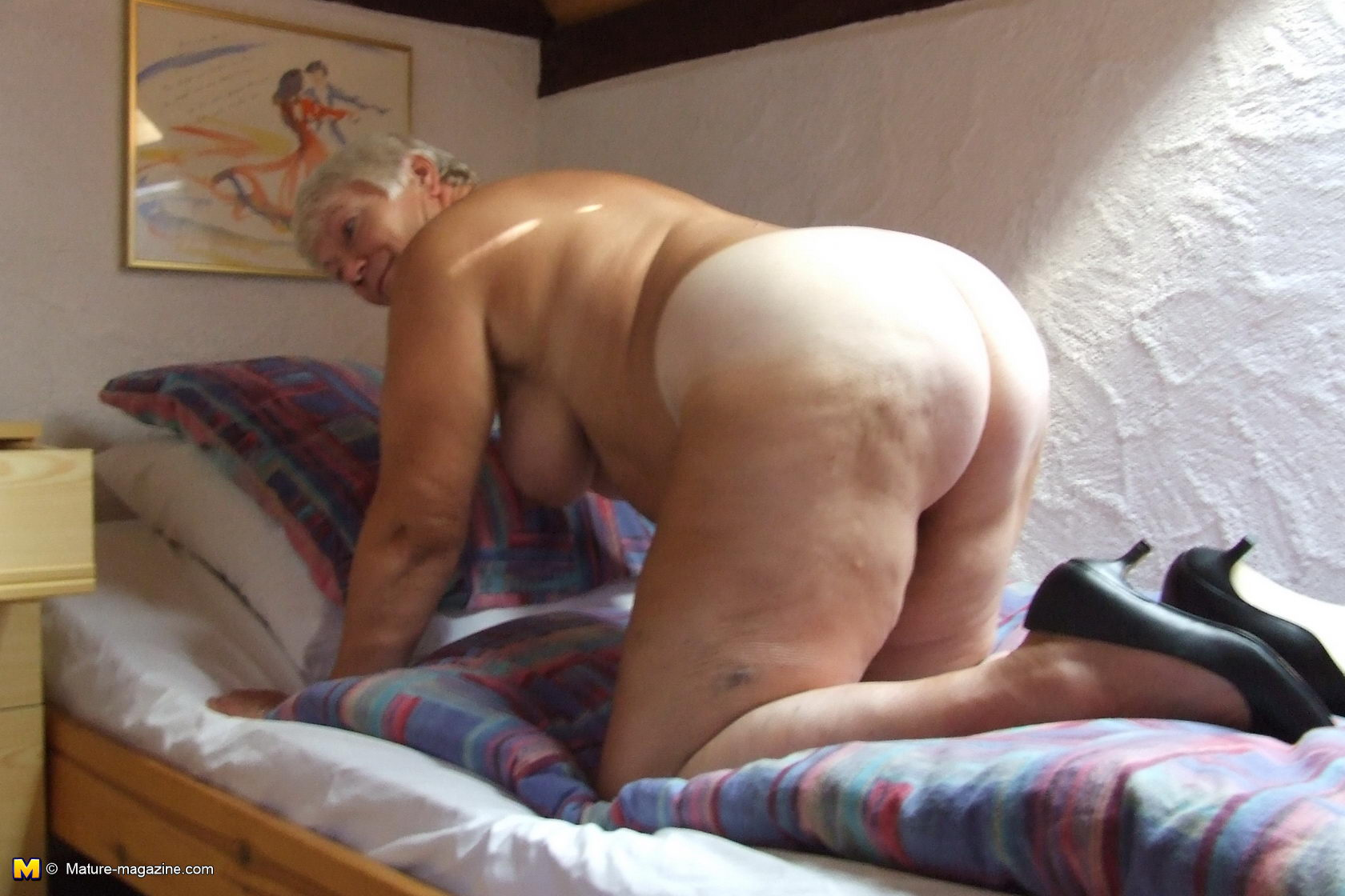 porno-foto-spyashih-ubb-classic