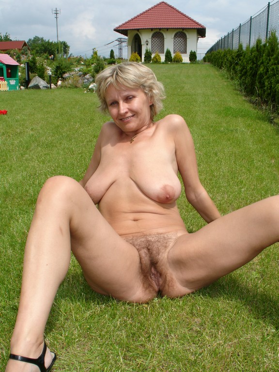 looks like she black milf fucking white cock yes looks